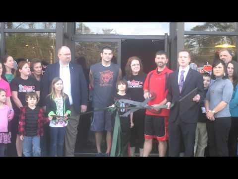9Round Ribbon Cutting