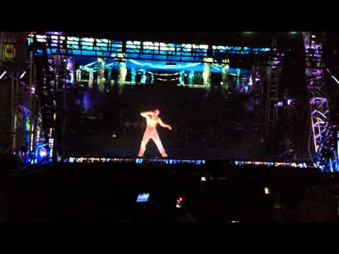 2pac hologram - I was Front row center @ Coachella 2012 for Dr. Dre and Snoop Dogg on Sunday. Special guests like Wiz Khalifa and 50 Cent . . . and then Tupac showed up. I t...