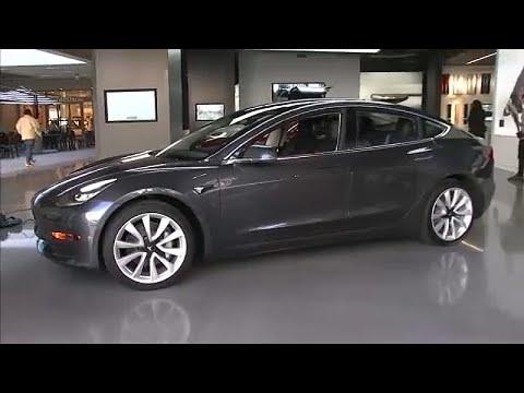 Μόνο στο e-shop της Tesla τα αμερικανικά ηλεκτρικά αυτοκίνητα…