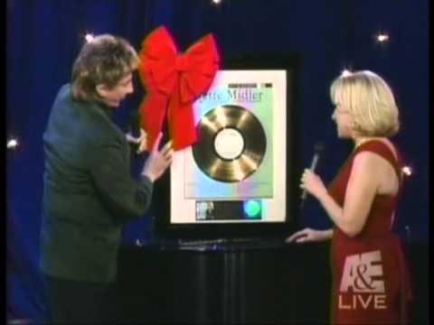 Barry Manilow & Bette Midler: White Christmas