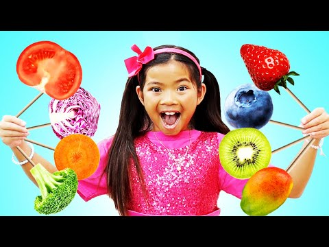 Emma Pretend Play Selling Fruits and Vegetables Ice Cream
