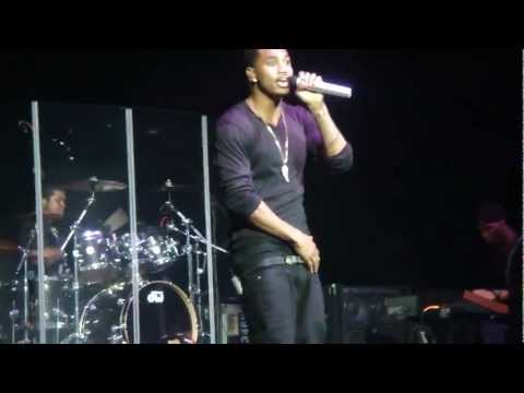 dont judge trey songz - Trey Songz Live In Lafayette WOULD U THINK A NIGGA RUDE IF I SAID I WANNA FUCK RITE NOW???
