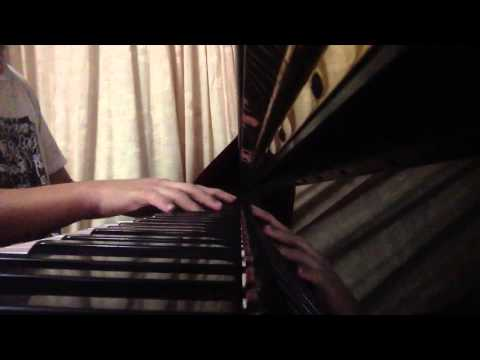SinGaGaPawVEVO - Me playing on da piano! Sorry if I got some lousy keys.. I made it up myself immediately after listening to the song. Happy New Year! Hopefully all of you wi...