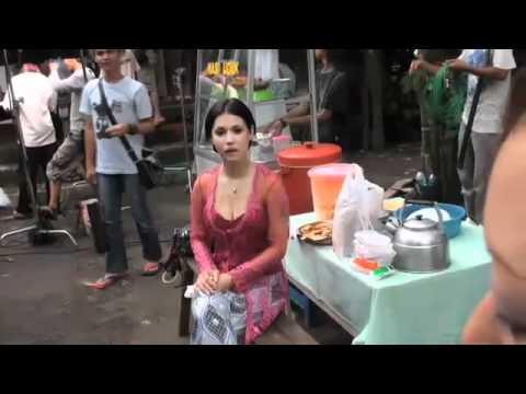 Video VIDEO MIYABI Film Hantu Tanah Kusir Adegan Shooting Uncensored Vulgar (Jakarta Indonesia).mp4 download in MP3, 3GP, MP4, WEBM, AVI, FLV January 2017