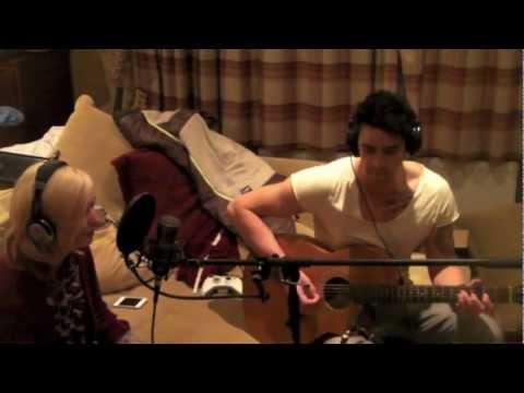 The Sunshine Getaway - Find Me Live Acoustic