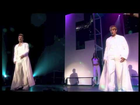 Westlife – I Lay My Love On You (Live)