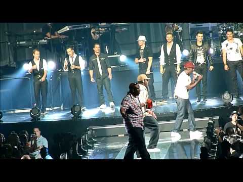 Nkotbsb With Surprise Guest Boyz Ii Men!!!