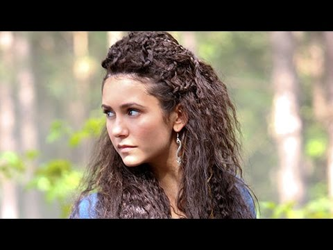 "Nina Dobrev FIRST LOOK at ""The Vampire Diaires"" Cross Over"