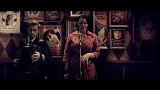 Caro Emerald - Tangled Up lyrics (French translation). | I took the perfect avenue, down the road to both of you