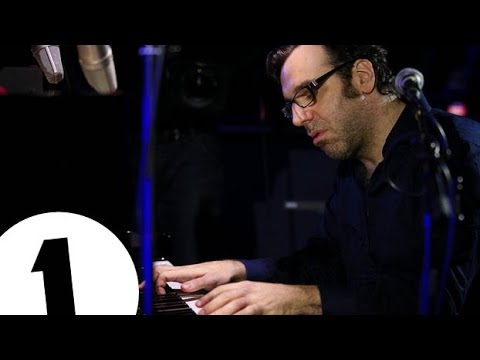 Chilly Gonzales Deconstructs Pop in 2015 - Radio 1's Piano Sessions