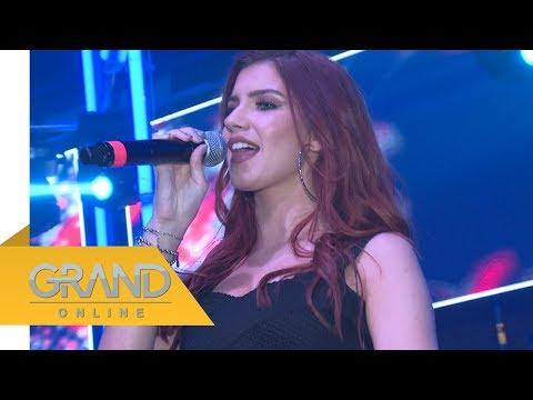 Da li je Kristina Denić nova pevačica Ministarki?