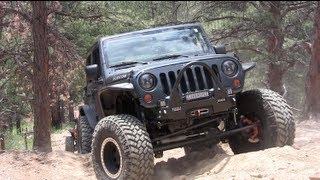 7. 2013 Rock Devouring SRT 6.4L HEMI Jeep Wrangler Reviewed (Part 2)