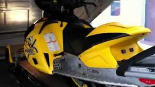 10. 2006 Ski-doo MXZ 1000 X Renegade