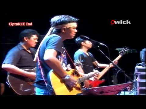 Video IWAN FALS - lonteku [O.A.M live konser] download in MP3, 3GP, MP4, WEBM, AVI, FLV January 2017