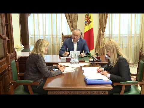 Zeci de cetățeni din toate regiunile țării au fost astăzi în audiență la președintele Republicii Moldova