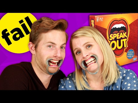Couples Play The Mouthpiece Game •Ship It (видео)