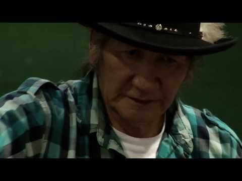 Yakama Nation Round Dance 2013 - Clayton Chief and Black Lodge Singers - I'm Back Again