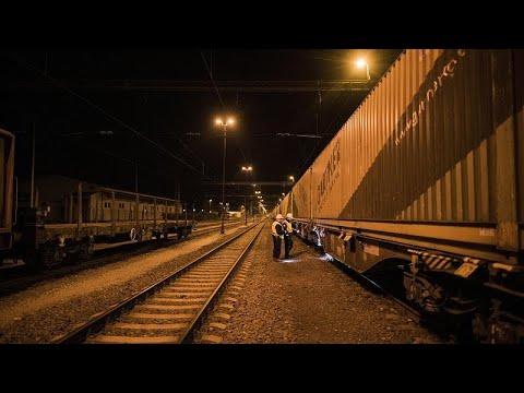 Τρένο ή αεροπλάνο; Υπέρ και κατά με αφορμή νέα σιδηροδρομική σύνδεση Βουδαπέστης – Πράγας…