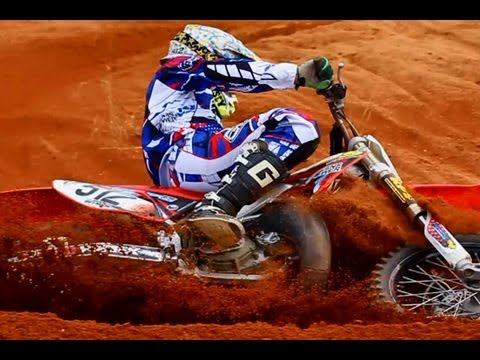 MXPTV - Time to ring in the new year! Here is version 3.0 of MXPTV's popular 10 Minutes Of 2 Strokes series! Check out the best 2 stroke footage from the 2012 year c...