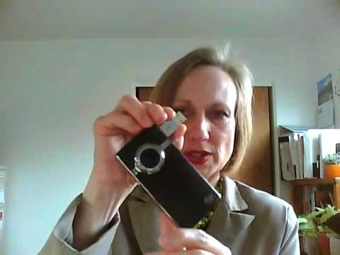 Flip Video Ultra HD vs. Kodak Zi8 – Heidi Thorne Reviews Both for Tradeshow and Event Use