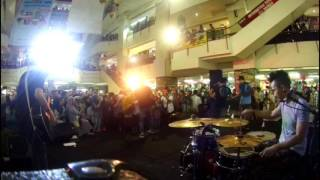 hijau daun - ku tetap sayang - live offair accoustic at thamrin city -  drum cam - rio star