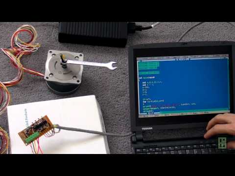 Stepper motor controlled with computer parallel port LPT
