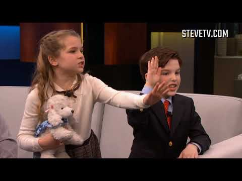 """The Cast Of """"Young Sheldon"""" Has No Idea What These Things From The 80s Are"""