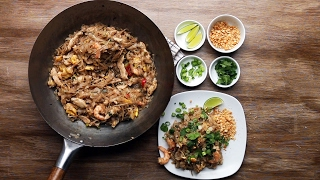 Thai-Style Chicken and Prawn Fried Noodles (Pad Thai) by Tasty