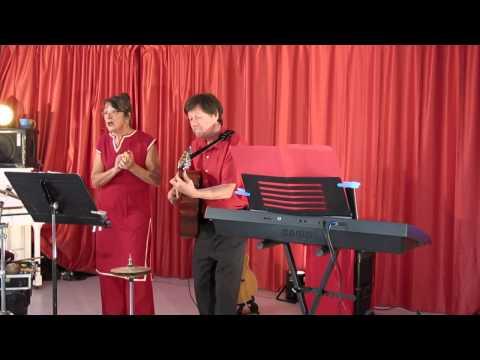 Saint-Georges-des-Groseillers (61) : Chansons françaises avec Didier Blons et Gisèle Bihan