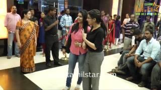 Vanavarayan Vallavarayan Premiere Show