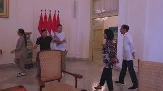 Video Soimah, Ramzi & Gilang Kaget Disapa Presiden Jokowi dan Ibu Iriana #DangdutanBarengPresiden MP3, 3GP, MP4, WEBM, AVI, FLV Maret 2019