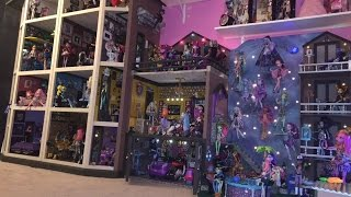 "50+ Rooms Now!!! *UPDATED SHORTER VIDEO TOUR* https://youtu.be/RcP3o2ru4ZI A custom 40+ room ""Monster High doll ..."