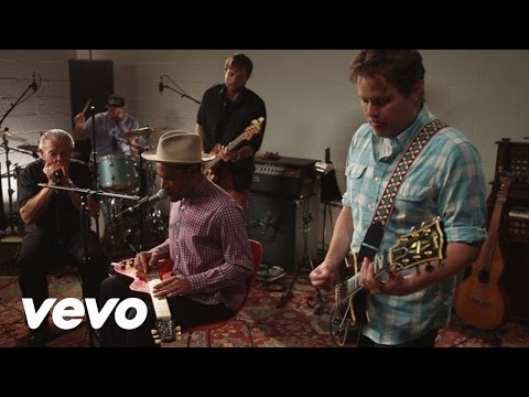 Ben Harper & Charlie Musselwhite - I Don't Believe a Word You Say lyrics