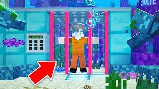 I Got LOCKED UP In UNDERWATER Prison! - Minecraft