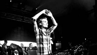 Avicii ft Lana Del Rey - Dance in the Water [HQ]