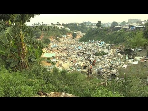 Côte d'Ivoire, un quartier détruit à Abidjan
