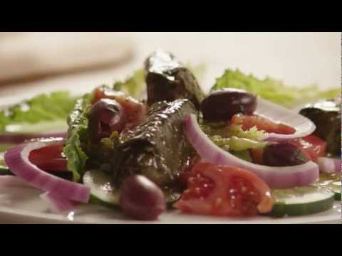 How to Make a Delicious Restaurant Grade Greek Salad Dressing from Scratch
