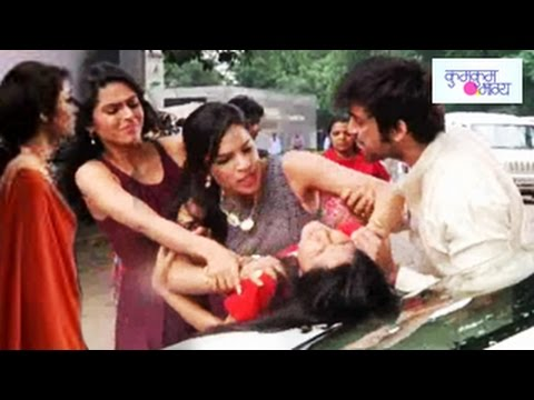 10th - Telebuzz is back with some latest updates onkumkum Bhagya on Zeetv. In 10th September 2014 EPISODE you will see Alia TO KILL Bulbul Click here to know more a...