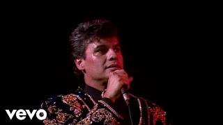 Video Juan Gabriel - Popurri: Que Te Falta Mujer/Caray/No Le Vaya A Suceder/Caray MP3, 3GP, MP4, WEBM, AVI, FLV Agustus 2018