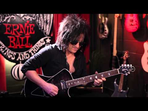 Steve Stevens and M-Steel Guitar Strings [Official]