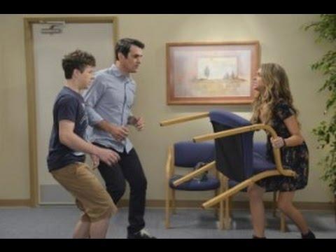 "Modern Family After Show Season 6 Episode 2 ""Do Not Push"" | AfterBuzz TV"