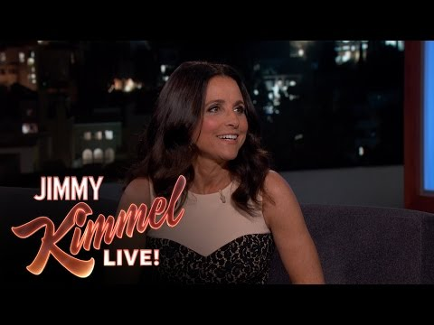 Julia Louis-Dreyfus Reveals She Cried in Front of Mary Tyler Moore
