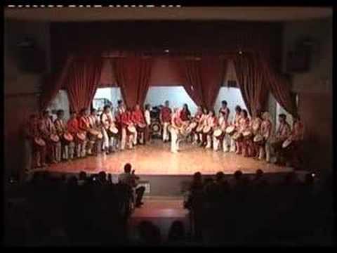 Karamogo beginners perform Garagedon Djaraby K~