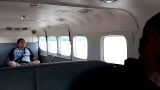 Persiapan Naik Pesawat Kecil Bermesin Tunggal Cessna