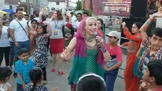 Anita Lerche singing Jugni on at Garden Square in Brampton during Vibrant Brampton. 07/15/17