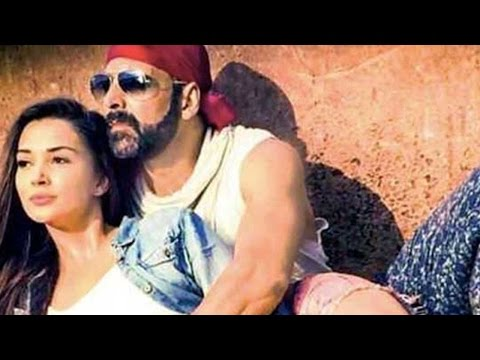 Akshay Kumar Talks On Launching New Actress Amy Ja