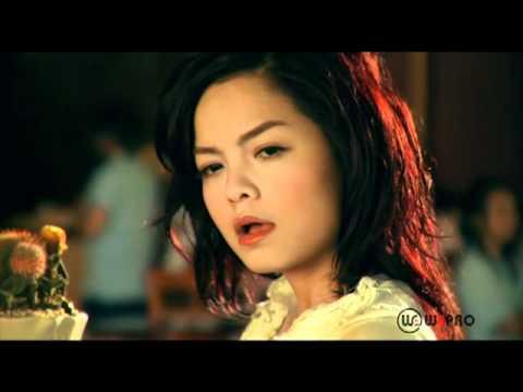 Bài hát Nợ ai đó cả thế giới - Ca sĩ Phạm Quỳnh Anh