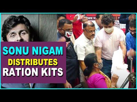 Singer Sonu Nigam distributes ration kit to senior citizens