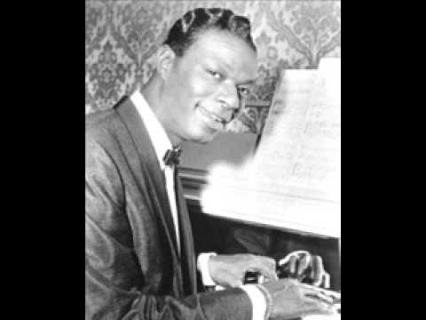 Nat King Cole - The Christmas Song - Chestnuts Roasting On An Open Fire