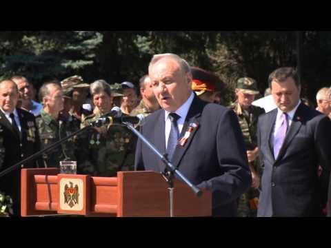 Președintele Republicii Moldova, Nicolae Timofti, a participat la inaugurarea monumentului domnitorului Ștefan cel Mare și Sfânt din orașul Criuleni